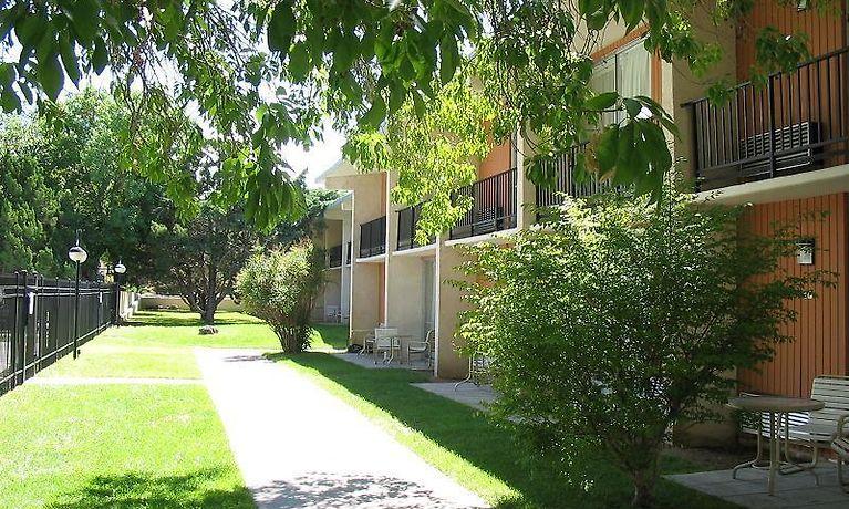 SANDIA COURTYARD HOTEL, ALBUQUERQUE ***